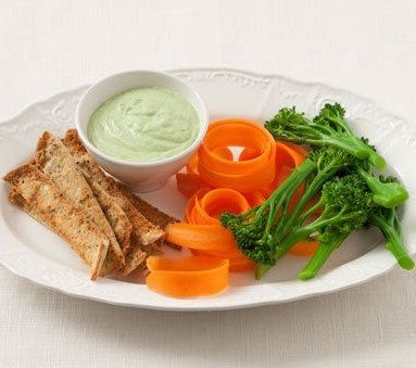 Spicy yogurt dip and Veggies- 15 Fat Burning Snacks You Can Eat at Night to Lose Weight | Eat This Not That