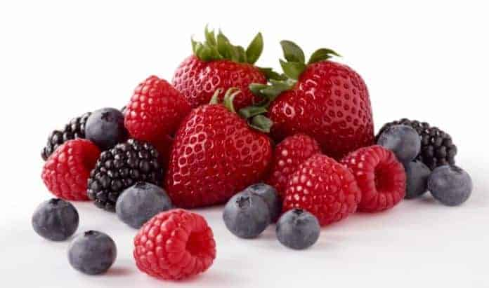 Berries- 16 Best foods to reduce belly fat fast