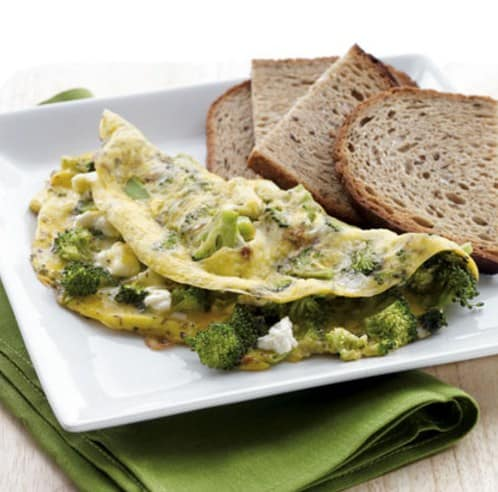 Broccoli & Feta Omelet with Toast - 8 Delicious Foods That Will Help You Lose Weight Fast
