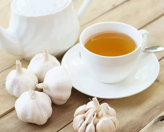 Powerful & Effective Garlic Tea for Weight Loss -13 Best Detox Teas for Weight Loss! This drink has become my start the day drink, everyday. {Check out Article for full recipe}
