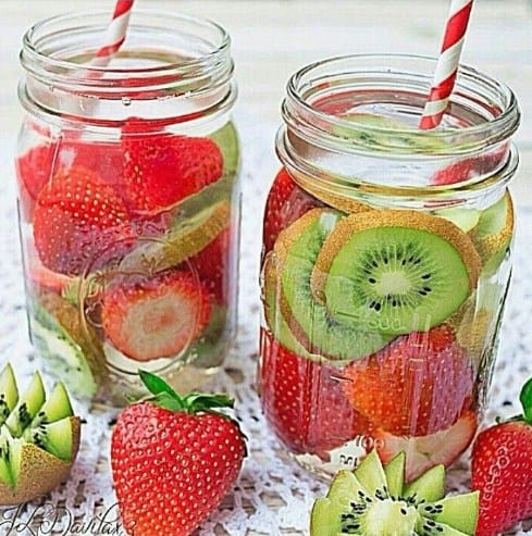 Strawberry and Kiwi Slimming Detox Water - 7 Best Detox tea for weight loss