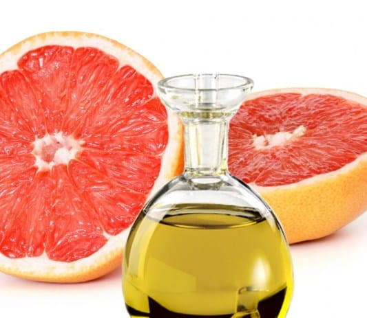 #GrapefruitOil- 5 Ways To Use Essential Oils In The Car To Make Journeys So Much Better (& Safer) #EssentialOils