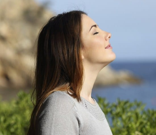 To Improve Breathing - 5 Magical Reasons To Try A Nebulizing Diffuser + Top 3 You Can Buy