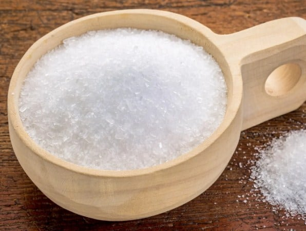 Epsom Salt- How to Get Rid of Knee Pain Fast - 7 Best Home Remedies for Knee Pain Relief