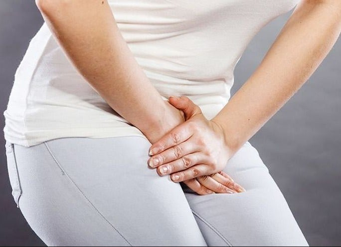 Urinary Tract Infection - 10 Home Remedies To Get Rid Of UTI in 24 Hours