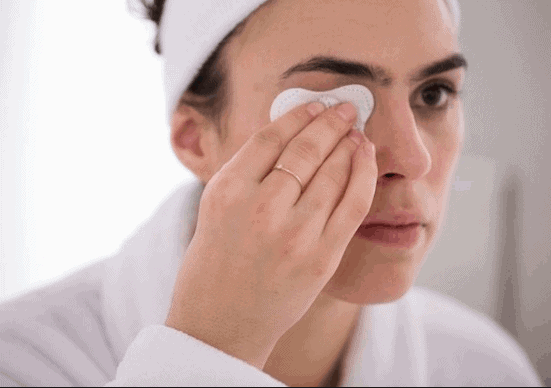Use Skin Products in Order & Clean Off Your Makeup -How To Get Spotless Face