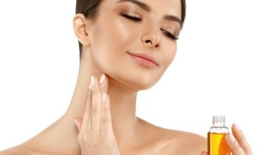 10 Best Essential Oils for Hormonal Acne Treatment (Tested & Proven)
