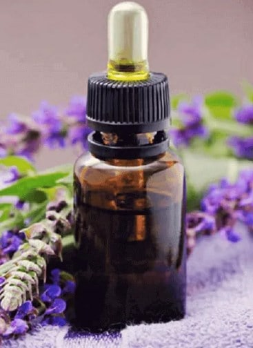Lavender Oil- Best Essential Oil for Acne or Pimple.