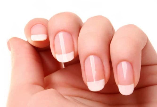 French Mani Touch Up - Useful Nail Polish Hack