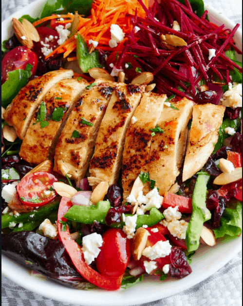 Grilled Chicken Served with a Seasonal Salad - Low-Carb Foods For Weight Loss