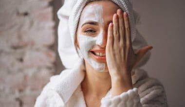 5 Best Homemade Face Mask That Tightens Your Skin Better Than Botox