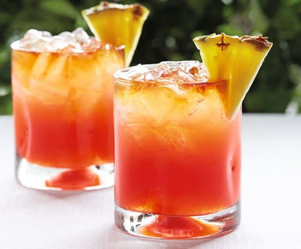 Low-Carb Caribbean Rum Punch Kamikaze Shot- Drinks That Will Aid Weight Loss