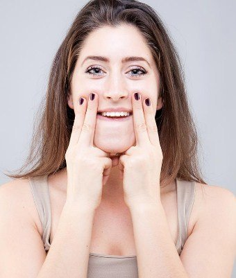 Stretch Your Face - Facial Exercises To Reduce Face Fat