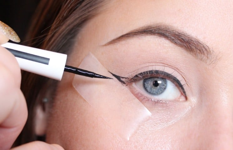 Easy makeup tips-Using tape for a stencil winged liner