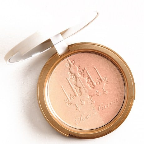 highlighting powder- 17 Pro Makeup Tips for a flawless look