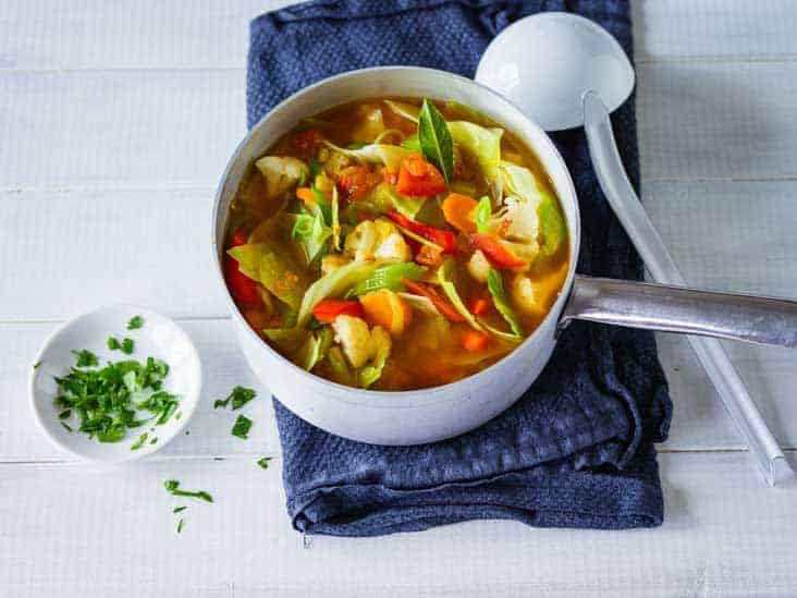 How to use delicious cabbage soup for weightloss and detoxification