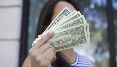 7 Lucrative Side Hustles That Makes Us $10,000 Per Month
