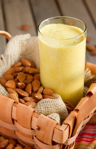 Fat burning snacks-Tropical smoothie