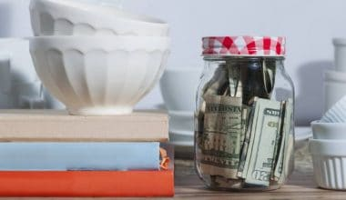13 Proven Hacks to Save Money on Groceries For Your Family