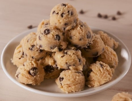 Chocolate chip cookie dough peanut butter for ketosis