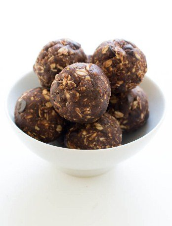 Chocolate Peanut Butter Bites - Easy To Make Vegan Recipes For Lunch and Dinner