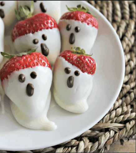 Strawberry Ghosts- 8 Amazing Halloween recipe that will satisfy your sweet tooth