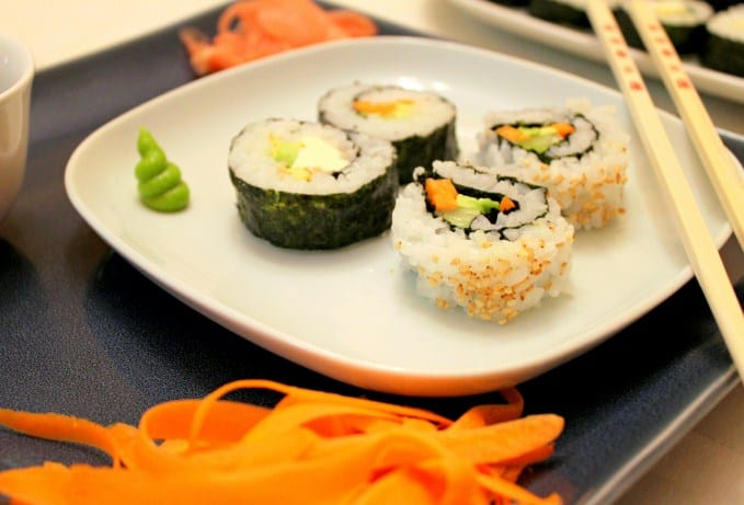 Veggie Sushi - Easy To Make Vegan Recipes For Lunch and Dinner