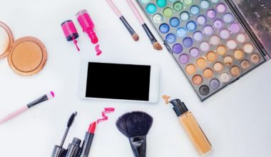 Build Your Own Makeup Kit for Beginners: 17 Must Have Makeup Products