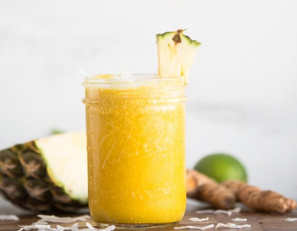Pineapple Ginger Cleansing Juice- Detox Water Recipes