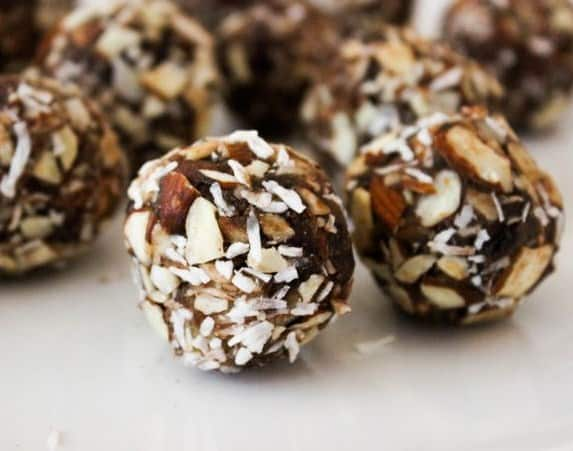 Coconut Almond Date Balls - Low-calorie desserts for weight loss